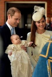 La familia real en el bautizo del Príncipe Jorge