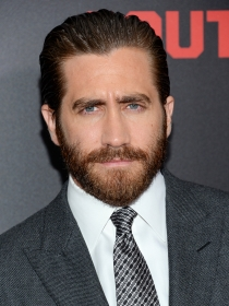 El seductor look de Jake Gyllenhaal