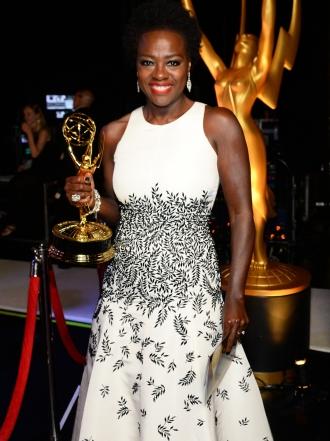 La dura y gran carrera de Viola Davis, ganadora de un Emmy