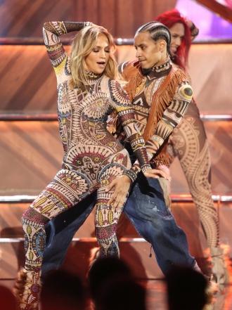 Jennifer Lopez y los mejores momentos de los AMAs 2015
