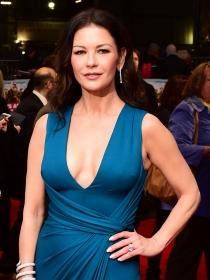 Catherine Zeta Jones y las mejor vestidas de la semana