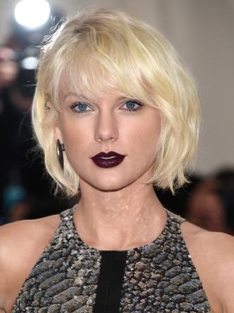 Taylor Swift y los mejores looks beauty de la MET Gala 2016