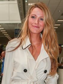 Blake Lively y otros famosos llegan a Cannes 2016