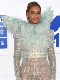 MTV VMAs 2016: Los mejores looks de la alfombra roja