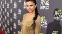 Selena Gomez, Taylor Lautner... Los looks de los MTV Movie Awards 2013