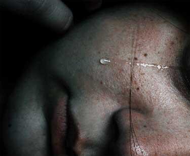 La violencia psíquica y física de un hombre agresivo