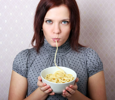 Come despacio y disminuye el riesgo de ser obesa