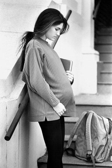 Adolescente embarazada: Problemas de salud, familiares y psicológicos