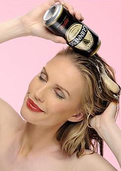 Cerveza en el pelo