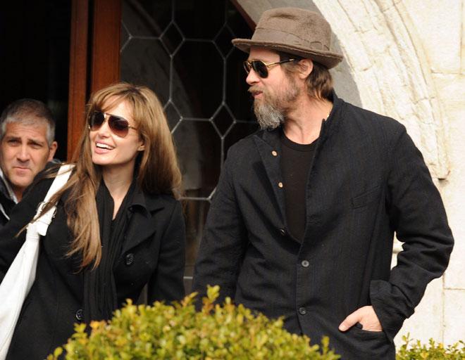 Angelina Jolie y Brad Pitt solidarios con los refugiados en Sarajevo