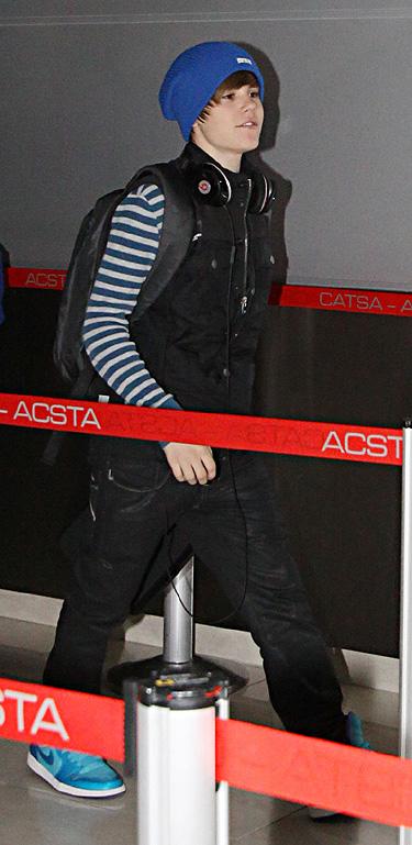 Justin Bieber escapa de la nube del volcán Eyjafjalla sin premios Juno