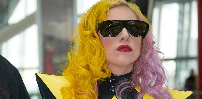 Lady Gaga, reina de la moda para los jóvenes