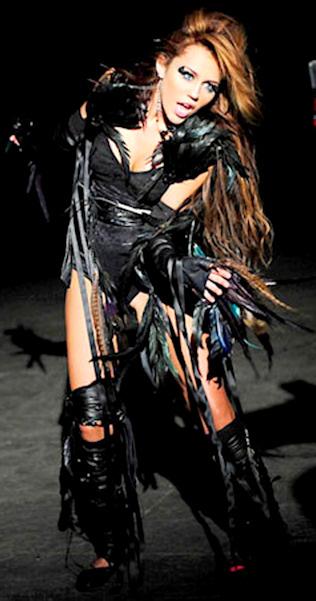 Miley cyrus en nuevo videoclip can't be tamed