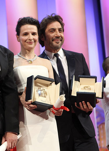 Javier Bardem con la Palma de Oro en Cannes 2010