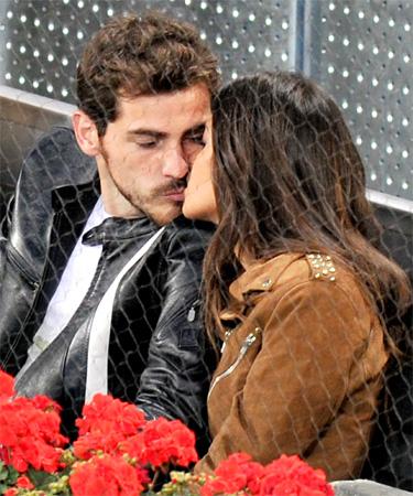 Iker Casillas y Sara Carbonero juntos en Sudáfrica