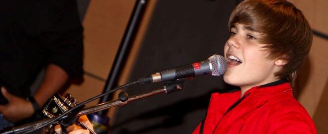 Justin bieber llora en un concierto