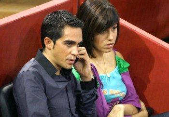 Alberto Contador vuelve a ganar el Tour de Francia con el apoyo de su novia Macarena