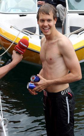 Sebastian Vettel de vacaciones con su novia en Cerdeña
