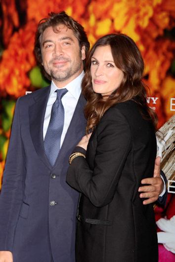 Javier bardem y julia roberts en el estreno de come reza y ama