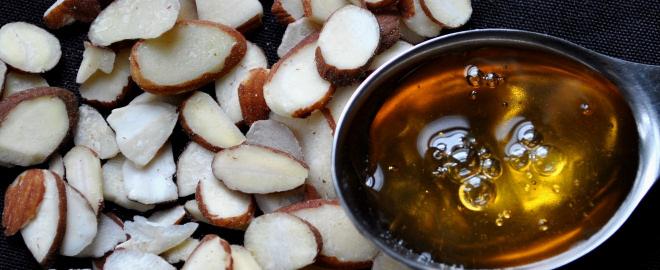 Tratamiento de yogur, aceite de almendras y miel