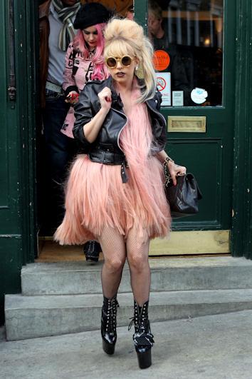 Lady gaga se disfraza de flamenco