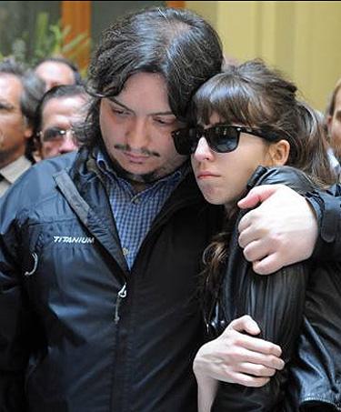 Los hijos Florencia Kirchner y Máximo Kirchner en el funeral de Néstor Kirchner