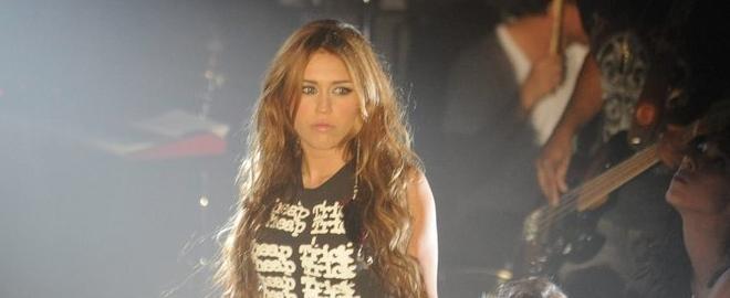 Miley Cyrus durante un concierto