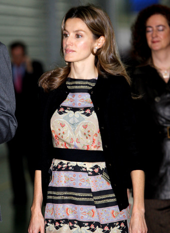Letizia Ortiz muy elegante