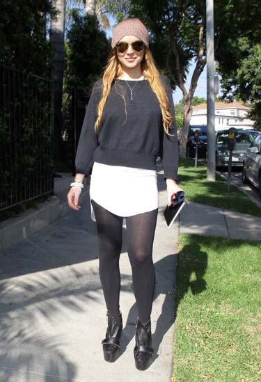 La actriz Lindsay Lohan se reune con sus padres