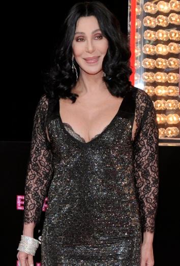 Cher posa durante la premiere de 'Burlesque'
