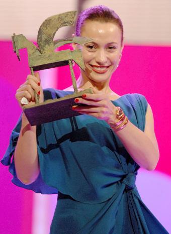 Natalia Verbeke recoge su premio Ondas