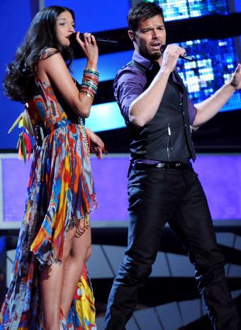 Ricky martin y Natalia Jimenez en los Grammy Latinos