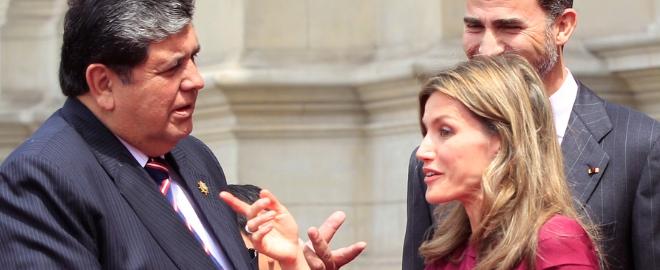 Letizia habla con Alan Garcia