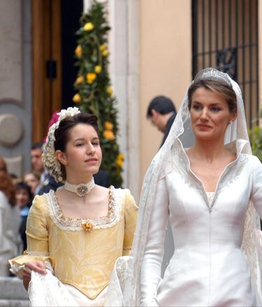 Claudia Ortiz prima de la Princesa Letizia se sube a la pasarela y debuta como modelo