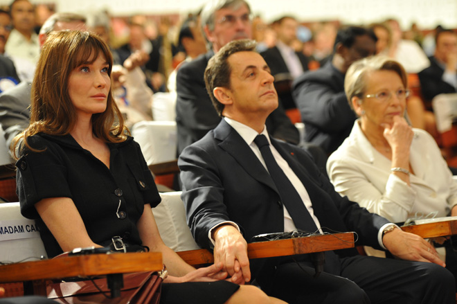 Carla Bruni y Nicolás Sarkozy, romántica visita al Taj Mahal