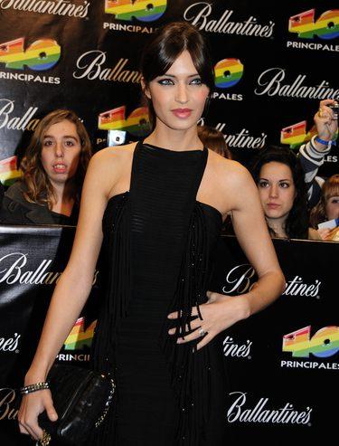 El 'look' de Sara Carbonero para despedir el 2010 en Telecinco con Pilar Rubio y Marta Fernández