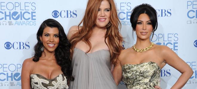 Khloe Kardashian, Kourtney Kardashian y Kim Kardashian en los People's Choice Awards 2011
