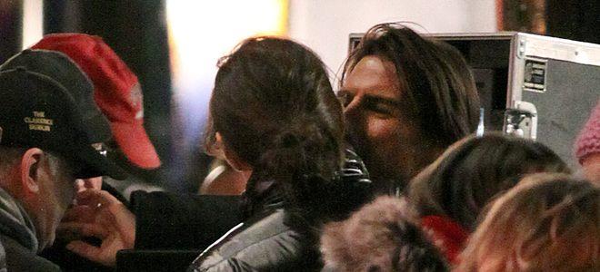 Katie Holmes y Suri visitan a Tom Cruise en el rodaje de 'Misión Imposible 4'