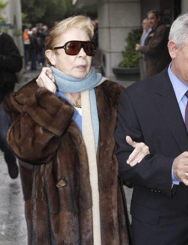 Lina Morgan, muy afectada por la pérdida de Juanito Navarro en su funeral