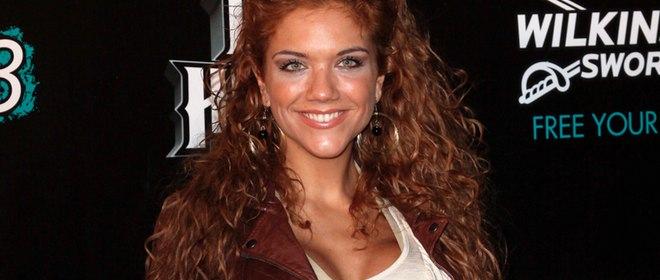 Beatriz Trapote huye a Colombia asegurando que continúa con Víctor Janeiro