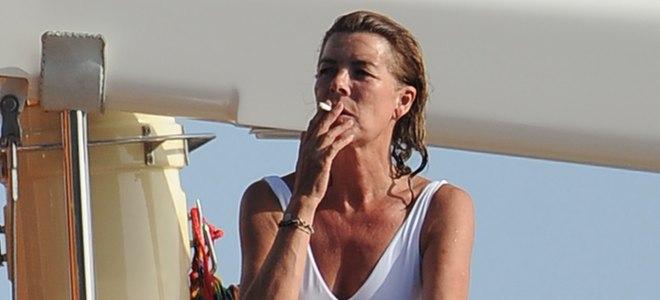 Ley Antitabaco: el reto de los famosos fumadores Carolina de Mónaco