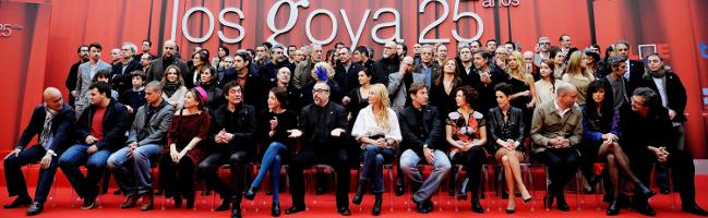 foto de familia de los nominados a los Goya 2011