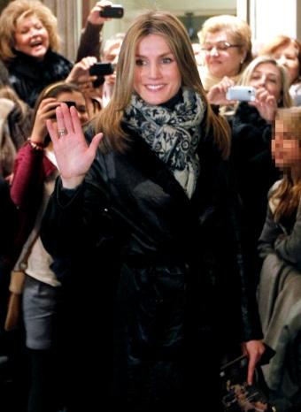 Doña Letizia en la entrada del espectáculo en Barcelona