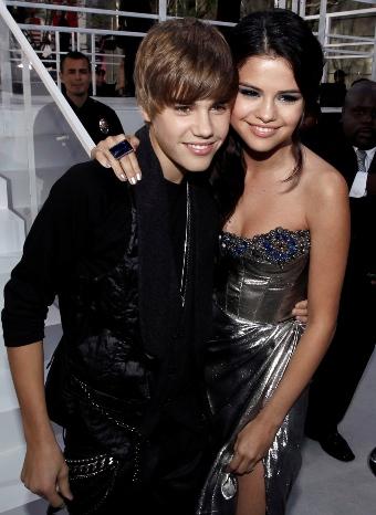 Selena Gómez y Justin Bieber en los preios MTV