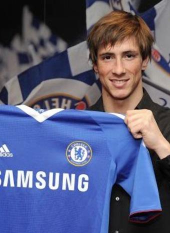 Fernando Torres con su nueva camiseta