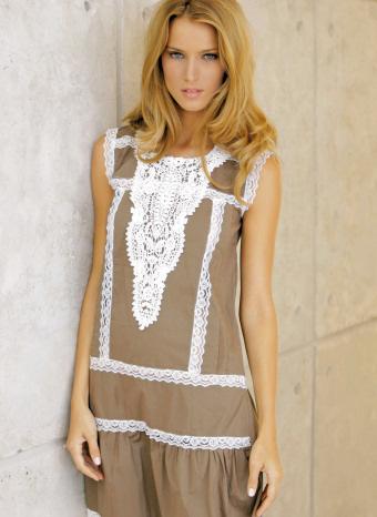 Vestido Crochet Almatrichi