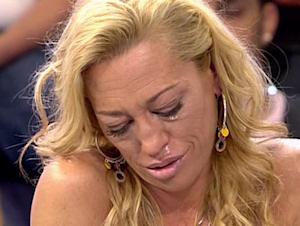 Belén Esteban llorando