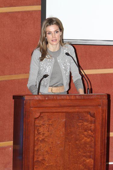 La Princesa Letizia pide que no cese la investigación contra el cáncer en Sevilla en el Día Internacional de los Niños con Cáncer