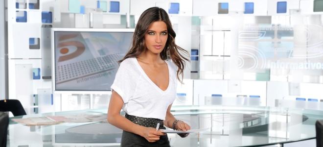 Sara Carbonero, aspirante a 'Mejor presentadora de informativos' en los TP de Oro 2011