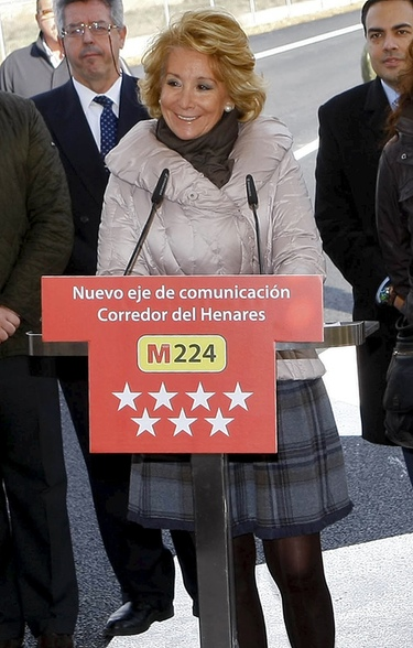 La política se une para apoyar a Esperanza Aguirre en su lucha contra el cáncer de mama